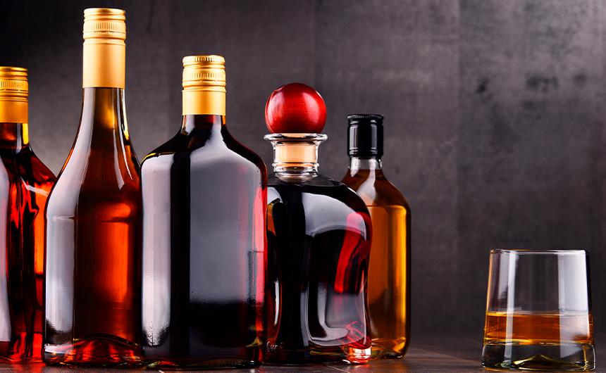 Distillati e design - Bottiglie in vetro per distillati Arpaia