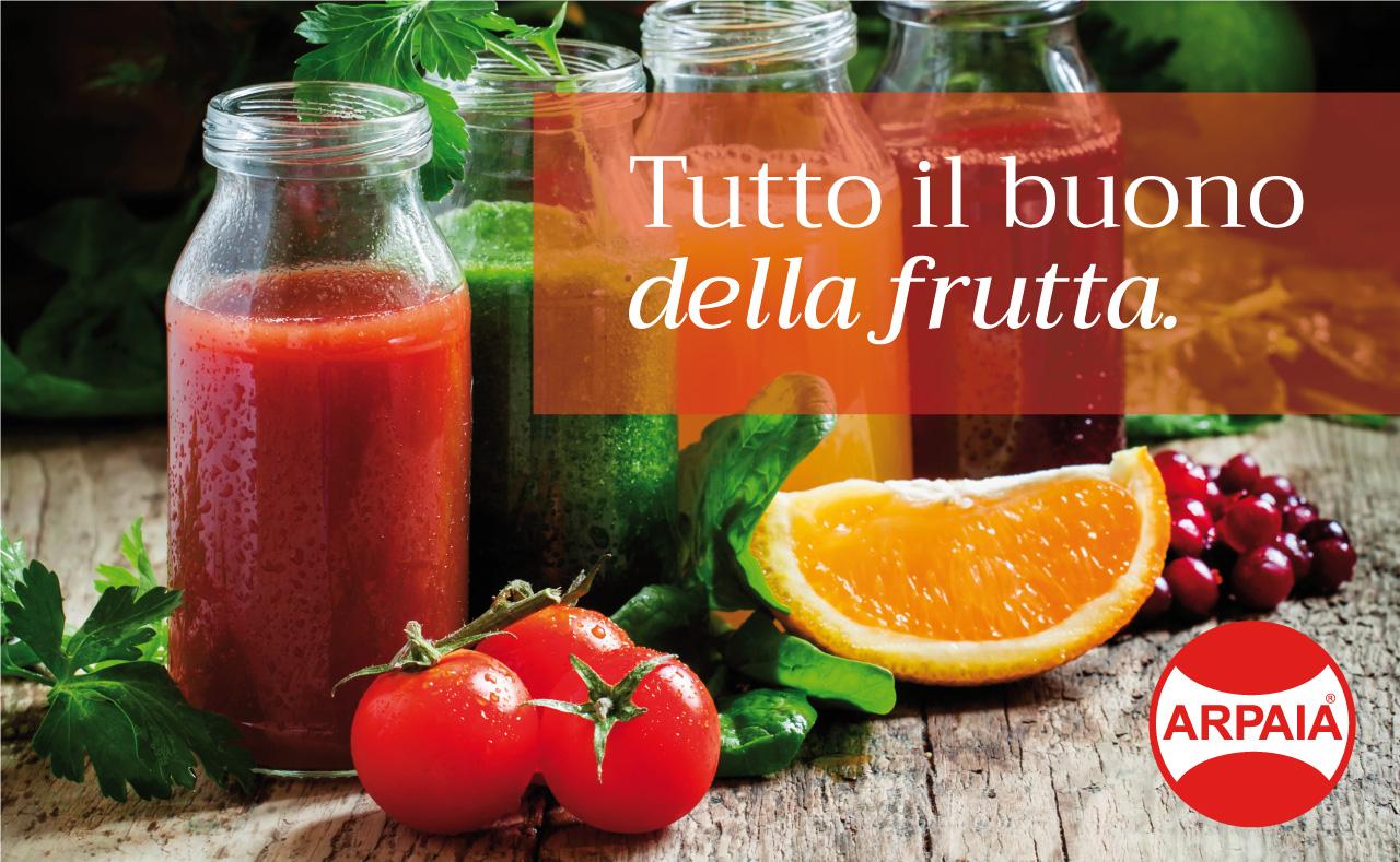 Tutto il buono della frutta. Linea bottiglie in vetro per succhi di frutta.